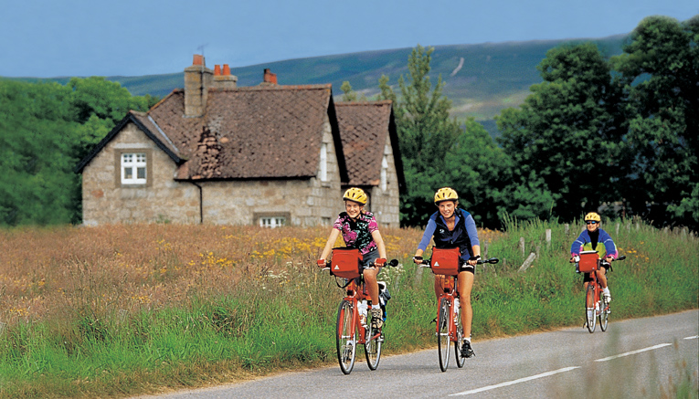 Bbnqf-brittany-normandy-biking-6